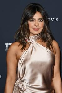 Curtain Bangs Priyanka Chopra