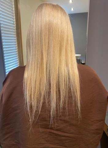 Kiki Simpson @ Air Hairdressing (Before) - Best hair extension application