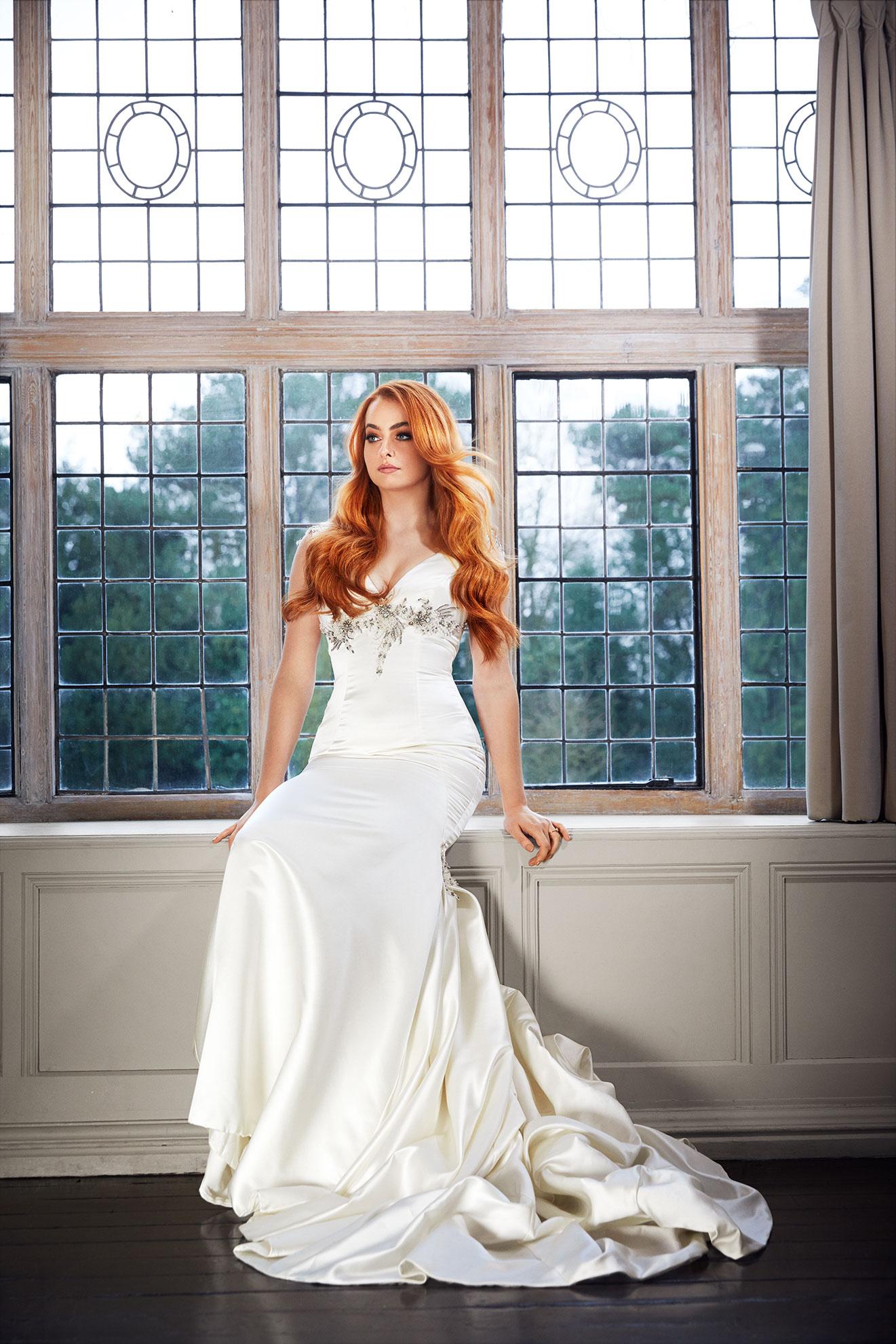 Bridal hair extensions - natural movement
