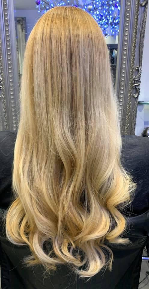 Rachel Friend @ Capelli 32 (After 1) - Best hair extension application
